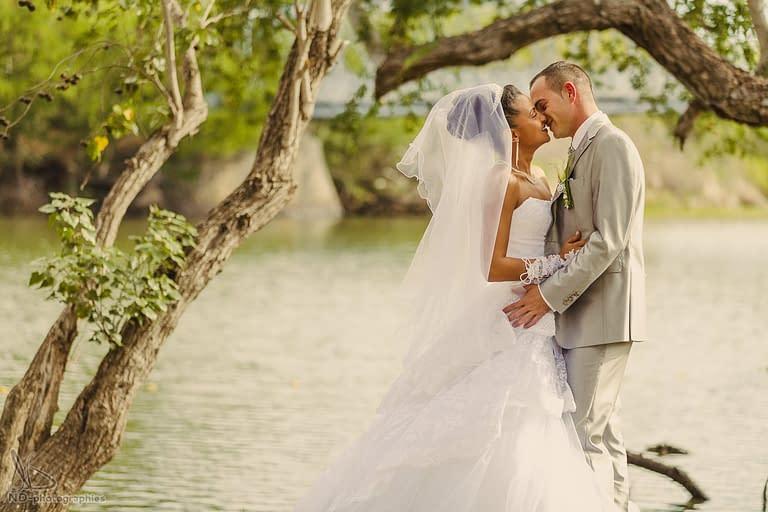 Mariage a Saint-Paul : Estelle et Bruno